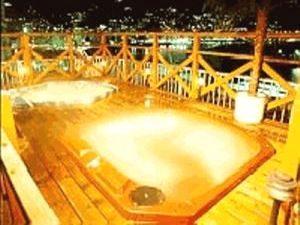 熱海温泉みのやの屋上ジャグジーで混浴